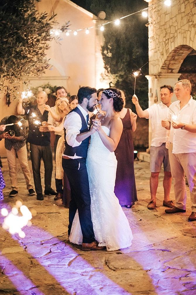 Natural-Alfresco-Wedding-in-Crete-HannaMonika-Photography-122