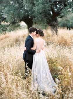 olive-grove-wedding-030-517x700