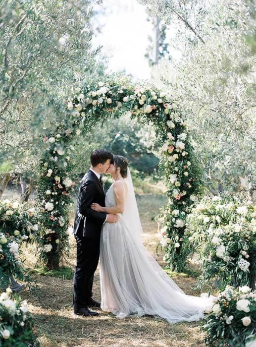 olive-grove-wedding-025-517x700