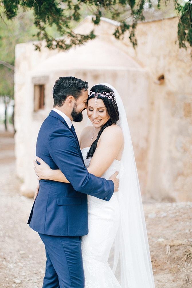 Natural-Alfresco-Wedding-in-Crete-HannaMonika-Photography-127