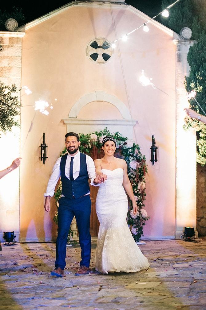 Natural-Alfresco-Wedding-in-Crete-HannaMonika-Photography-120