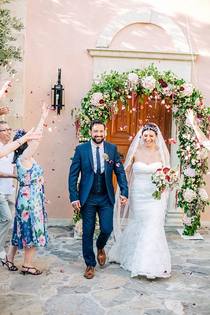 Natural-Alfresco-Wedding-in-Crete-HannaMonika-Photography-103