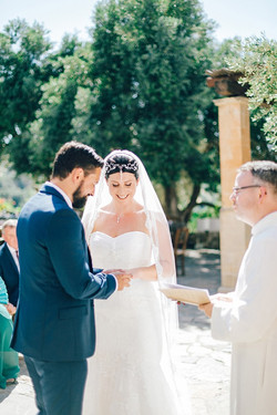 Natural-Alfresco-Wedding-in-Crete-HannaMonika-Photography-70
