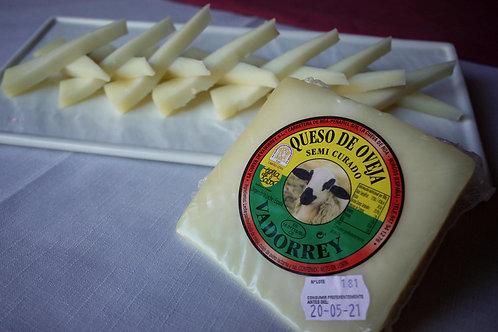 Cuña de queso de oveja semi curado -250 grs