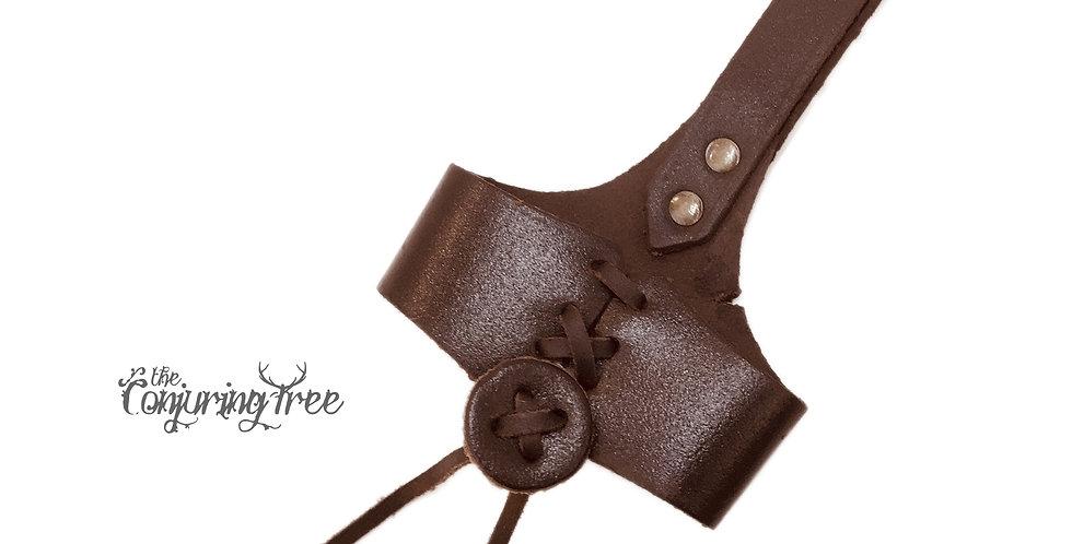 Leather belt holster for Viking drinking horn