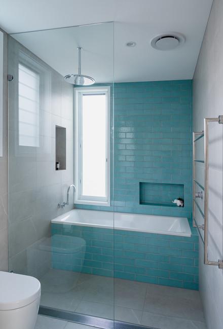 Croydon K+R bath.jpg