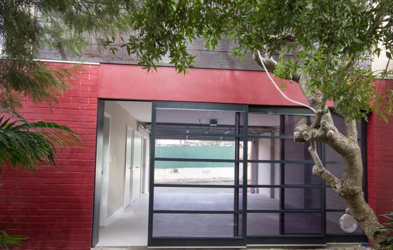Studio Stanmore  garage door_edited.jpg