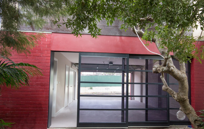 Studio Stanmore  garage door_edited.jpg