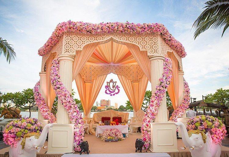 Mandap-floral-decoration