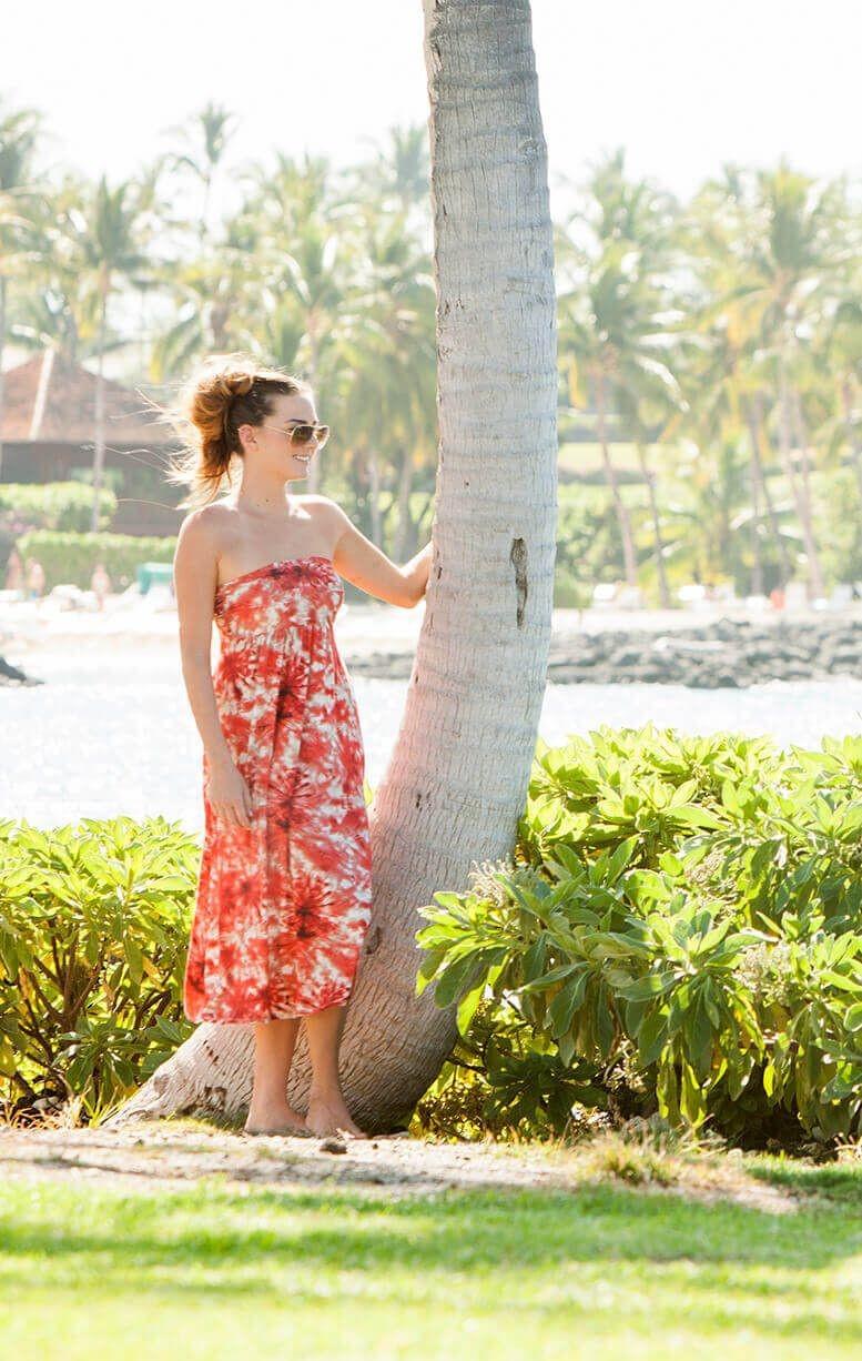 honeymoon-colourful-first-wedding-dress