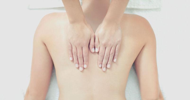 Fauteuil massant en Belgique, RelaXmybody vente de fauteuils de massage en Belgique, assure également la location de fauteuils massants pour salles de repos, amélioration de bien-être au travail et en entreprise.