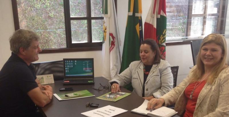 OSBr apresenta Programa Observador Social Mirim à Secretaria de Educação
