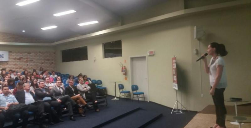 Programa Observador Mirim é apresentado em evento na Unifebe