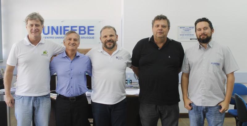 OSBr participa de reunião com reitor da Unifebe