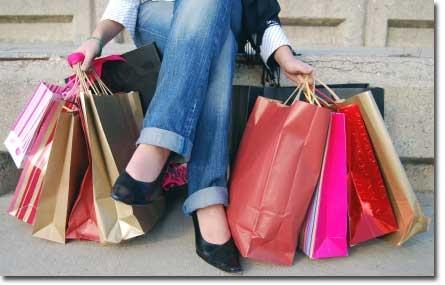 Movimento de consumidores aumenta em abril