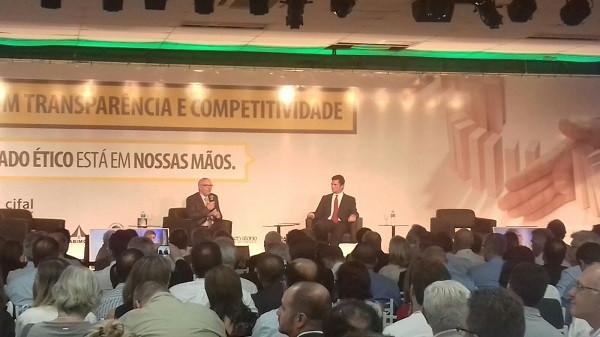 Sergio Moro e William Waack palestram sobre corrupção no primeiro dia do 7º ENOS
