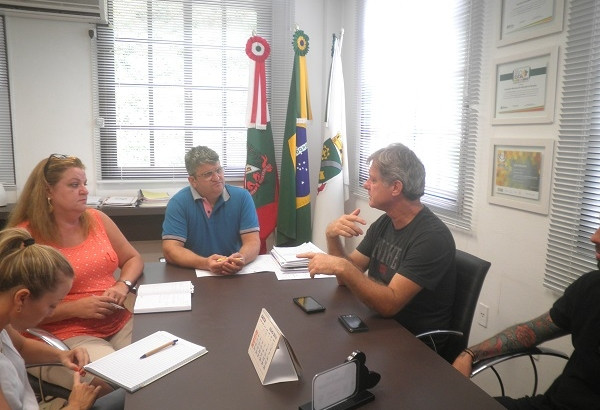 OSBr sugere acompanhamento de entrega de alimentos para a Secretária de Educação de Brusque