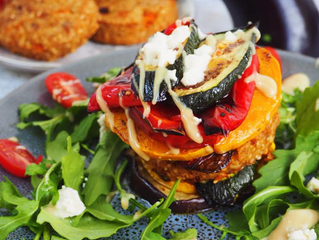 Vegan Burger Stack Recipe - Guest post by @sydneyveganguide