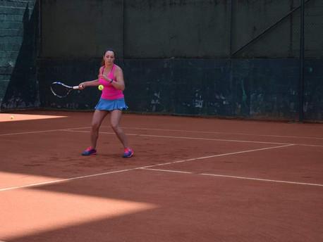 Atleta amadora evidencia importância da prática esportiva por mulheres