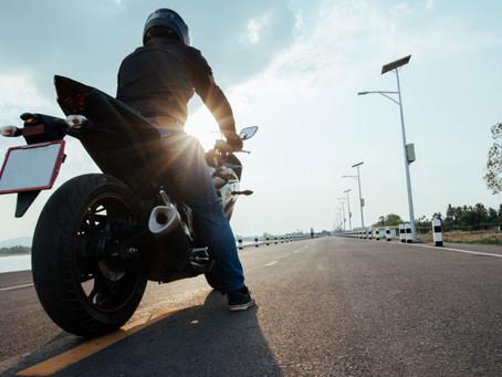 Programa Motofretista Seguro destaca seis pontos para condutor evitar acidentes no trânsito