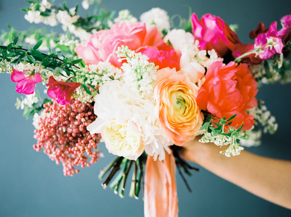 MODERN VS TRADITIONAL FLORISTRY