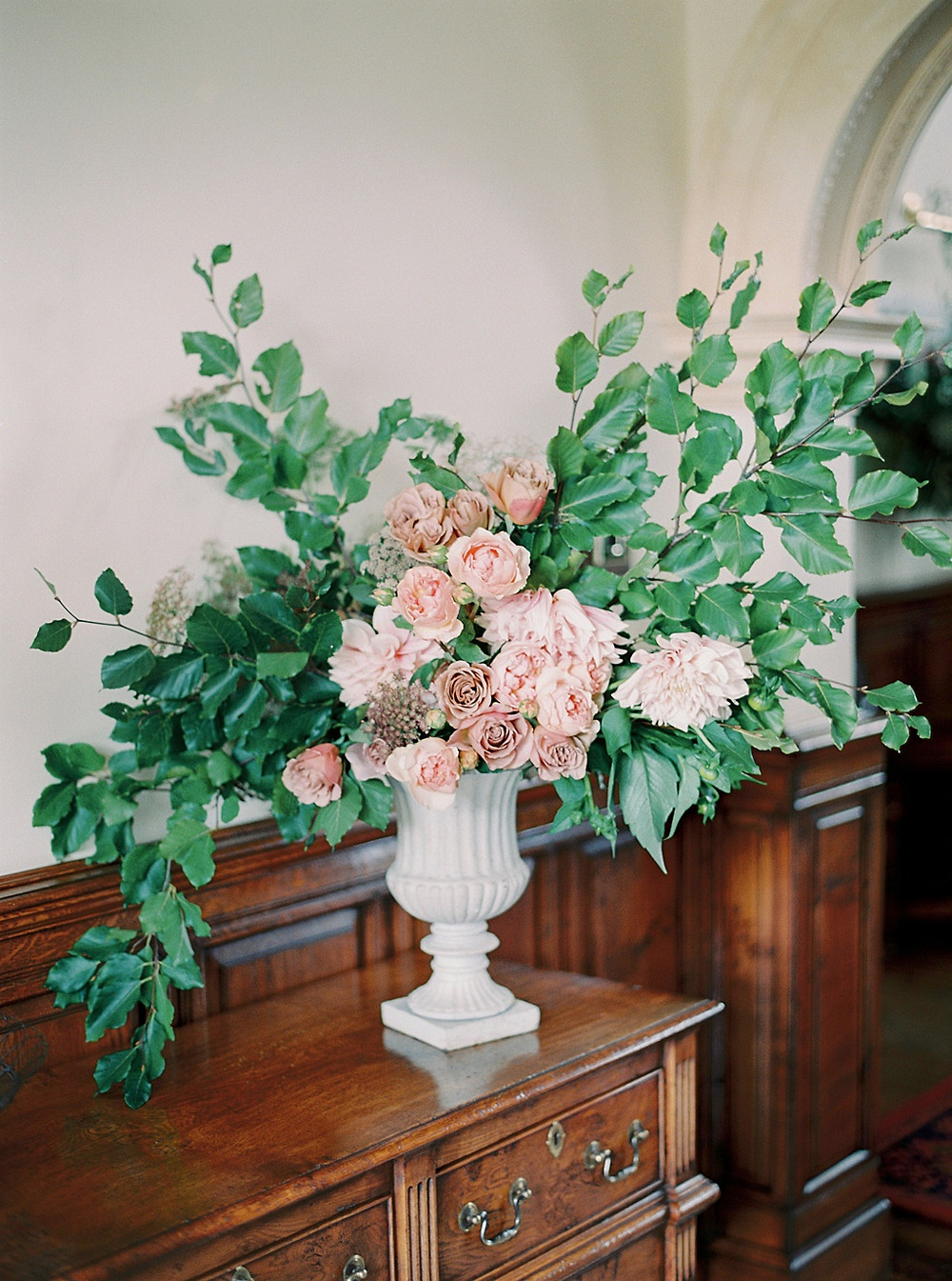 Flower Delivery - Gloucestershire & The Cotswolds - Studio Sorores
