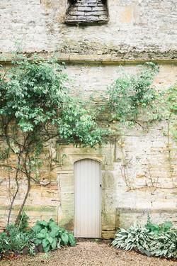 SORORES | WEDDING PLANNING + FLORIST