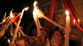 Άγιο Φως: Πώς θα γίνει η μεταφορά του στην Ελλάδα