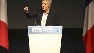 Μαρίν Λε Πεν: «Η Ελλάδα δέχεται μεταναστευτική επίθεση – Να βοηθήσουμε το λίκνο του πολιτισμού μας»!