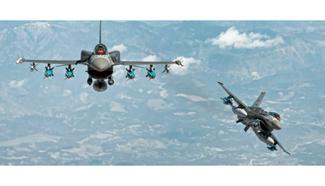 Πτήσεις τουρκικών μαχητικών επάνω από ελληνικό έδαφος λίγο πριν ξεκινήσουν οι διαπραγματεύσεις για τ