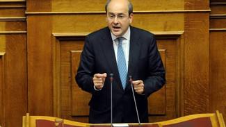 Εκτός εαυτού ο Χατζηδάκης με τους γραφειοκράτες του υπουργείου: Δεν δικαιούστε να βγάζετε γλώσσα στο