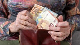 """Το """"στοίχημα"""" για τις εκκρεμείς συντάξεις: 629 εκατ. ευρώ για να «σβήσουν» τα... χρέη στους συνταξιο"""