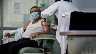 Σχέδιο «Ελευθερία»: Το 1,5 εκατ. εμβολιασμούς φτάνει σήμερα η χώρα μας
