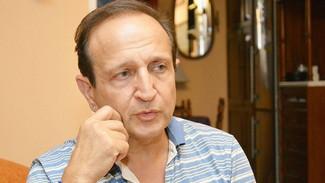 Μπιμπίλας: Έχουμε νέα καταγγελία για γνωστό σεναριογράφο - Τι είπε για τον αδελφό του Λιγνάδη