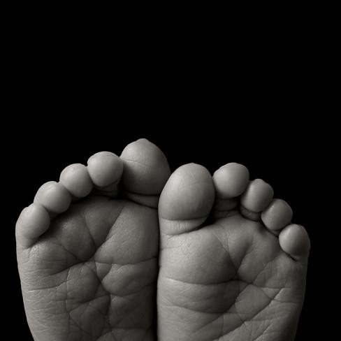 newborn toes