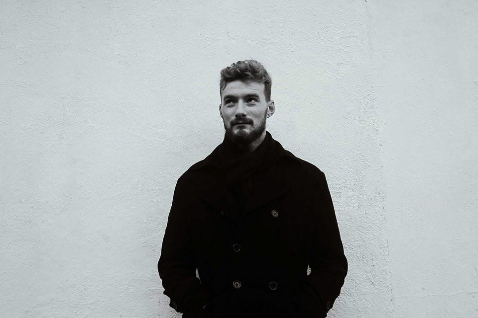 Irish Indie Folk Singer Songwriter Mulcahy