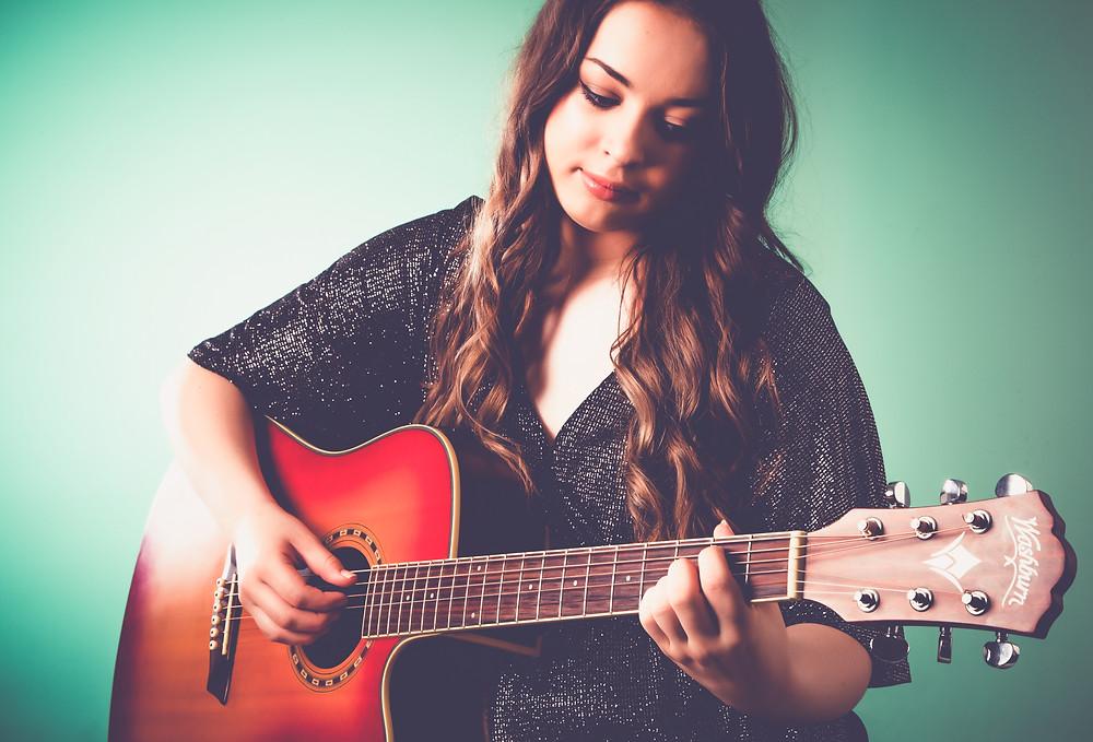 British Country Pop Singer Songwriter Kelsey Bovey