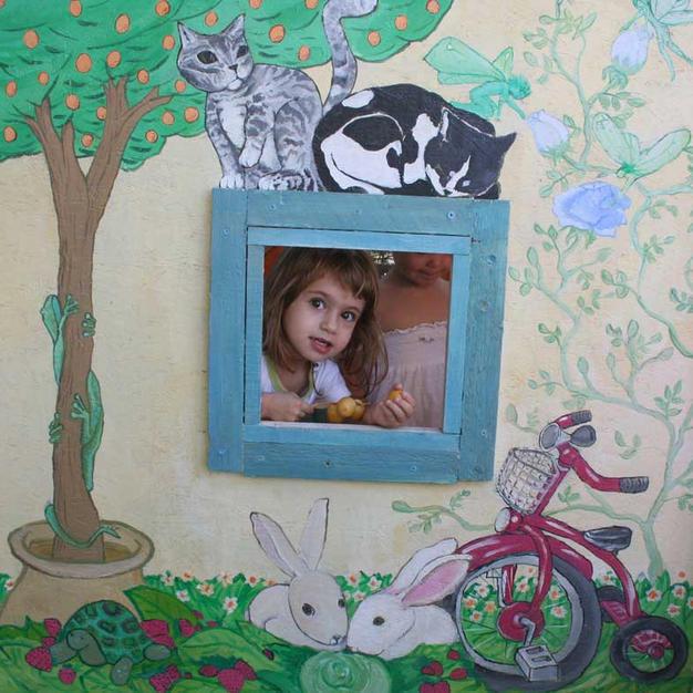 ציור על בית עץ לילדים