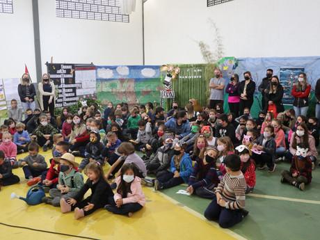 Semana Literária: Escolas Municipais desenvolvem trabalhos e apresentações
