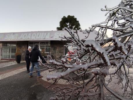Quarta-feira tem amanhecer gelado com -7°C e expectativa de neve em SC