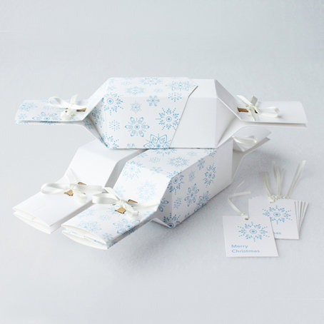 Frosty White Reusable Christmas Crackers