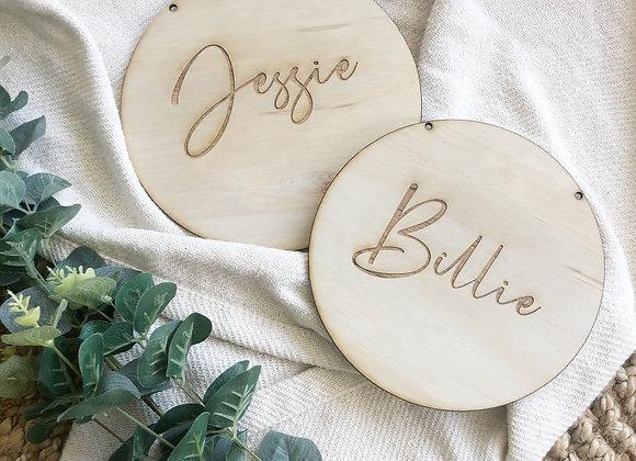 Oak name plaques (circle)