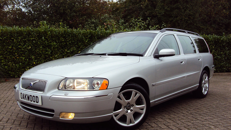 2005 Volvo V70 2.4 (140) SE Estate