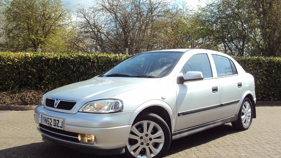 2002 Vauxhall Astra 1.8 i 16v Elegance 5dr