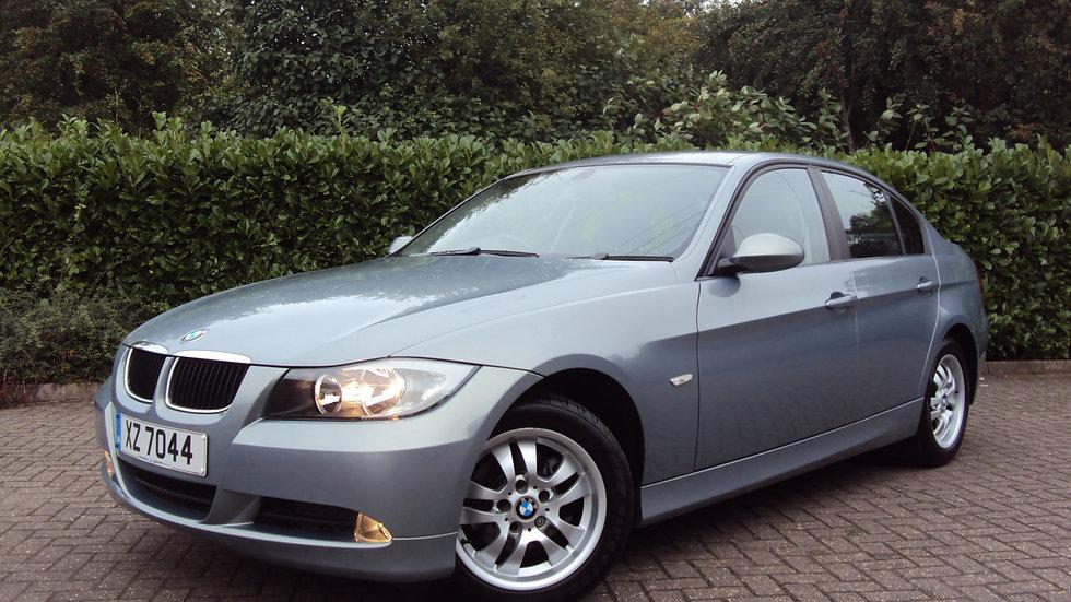 2005 BMW 320i ES