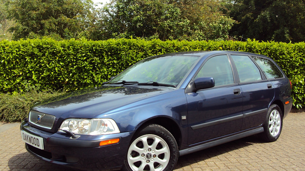 2001 '51' Reg Volvo V40 2.0 Automatic Estate