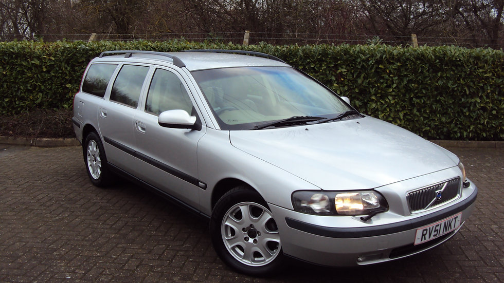 2001 Volvo V70 2.4 SE (140) Estate