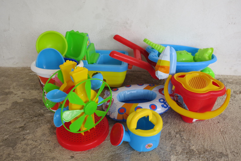 Игрушки для моря