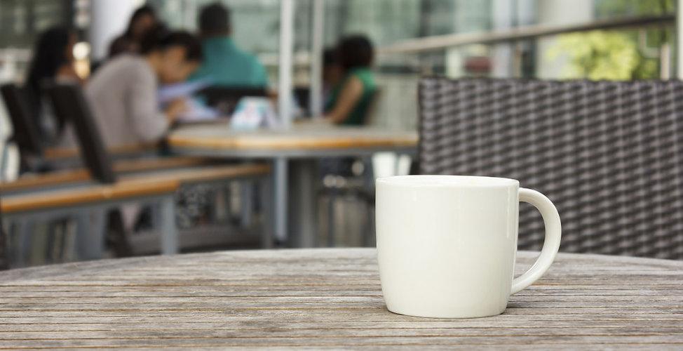 Outdoor-cafe-e1406822097637-1030x529.jpg