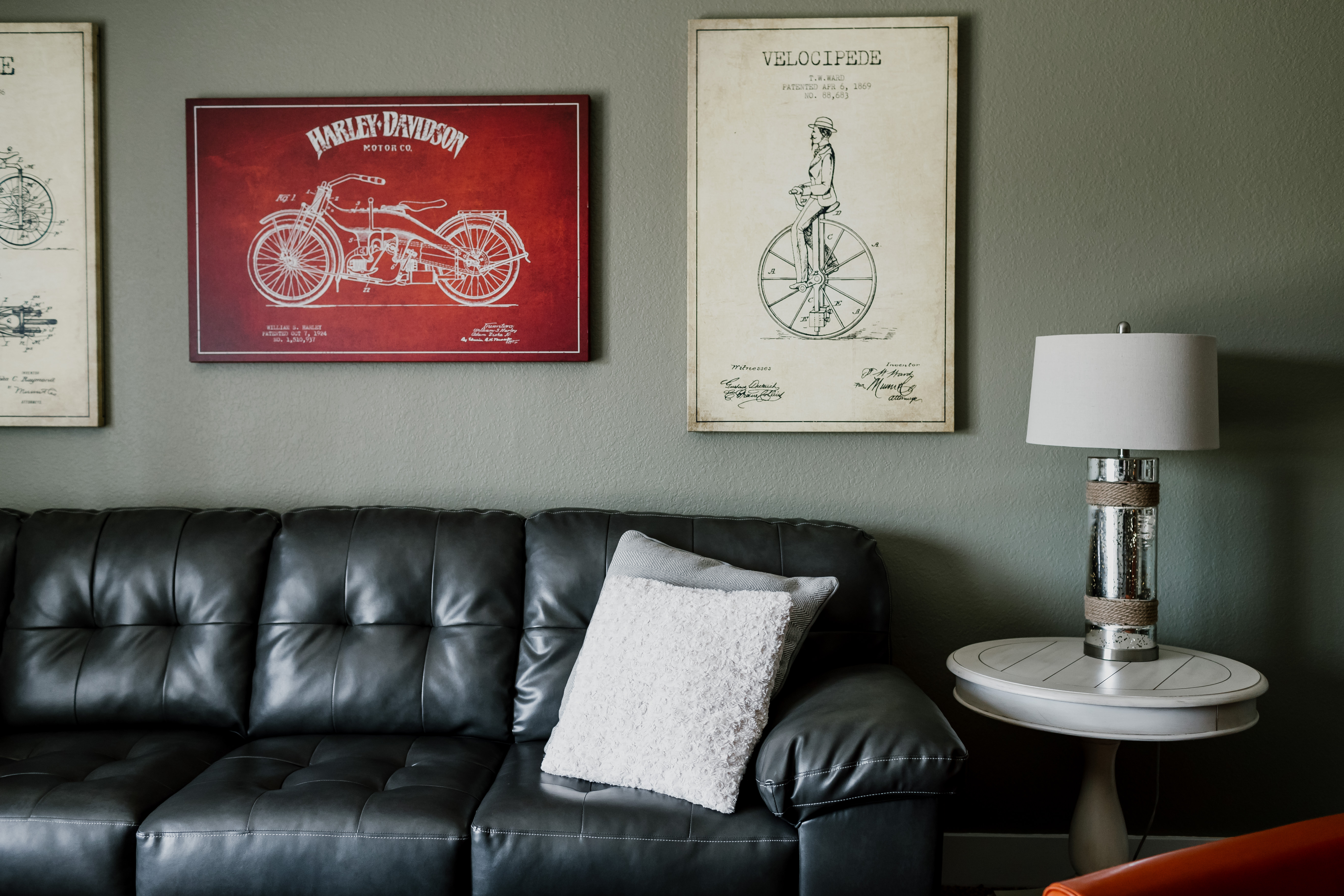 Juneau Avenue Suites